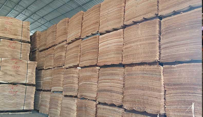 建筑模板原料仓库