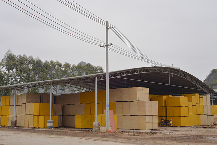 广西贵港生产建筑模板的厂家及地址